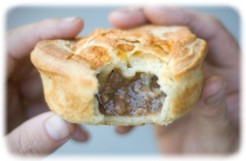 Mince steak and cheese pie